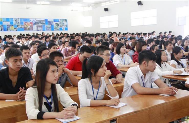 Giáo dục đại học: Nên xã hội hoá hay không?