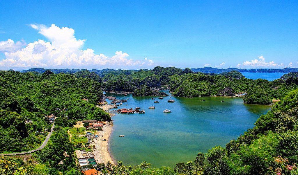 Đảo Cát Bà Hải Phòng là khu du lịch nổi tiếng trong và ngoài nước